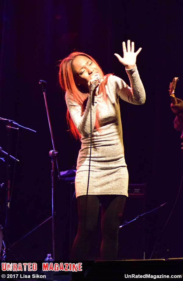 Tierinii Jackson of Southern Avenue at Club Cafe in Pittsburgh, PA, USA on February 20, 2017 (photo credit Lisa Sikon)