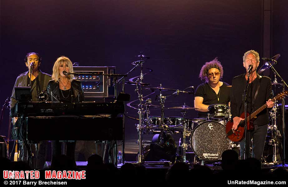 Two Fifth of Fleetwood Mac Plays to a Near Sold Out Crowd